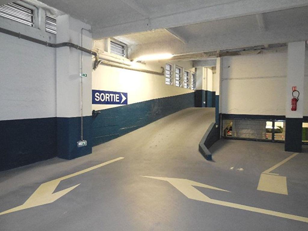 imageslocation-parking-16.jpg